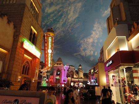 Miracle Mile Shops At Planet Hollywood In Las Vegas