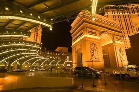 The pretty front valet parking area at the Paris Las Vegas
