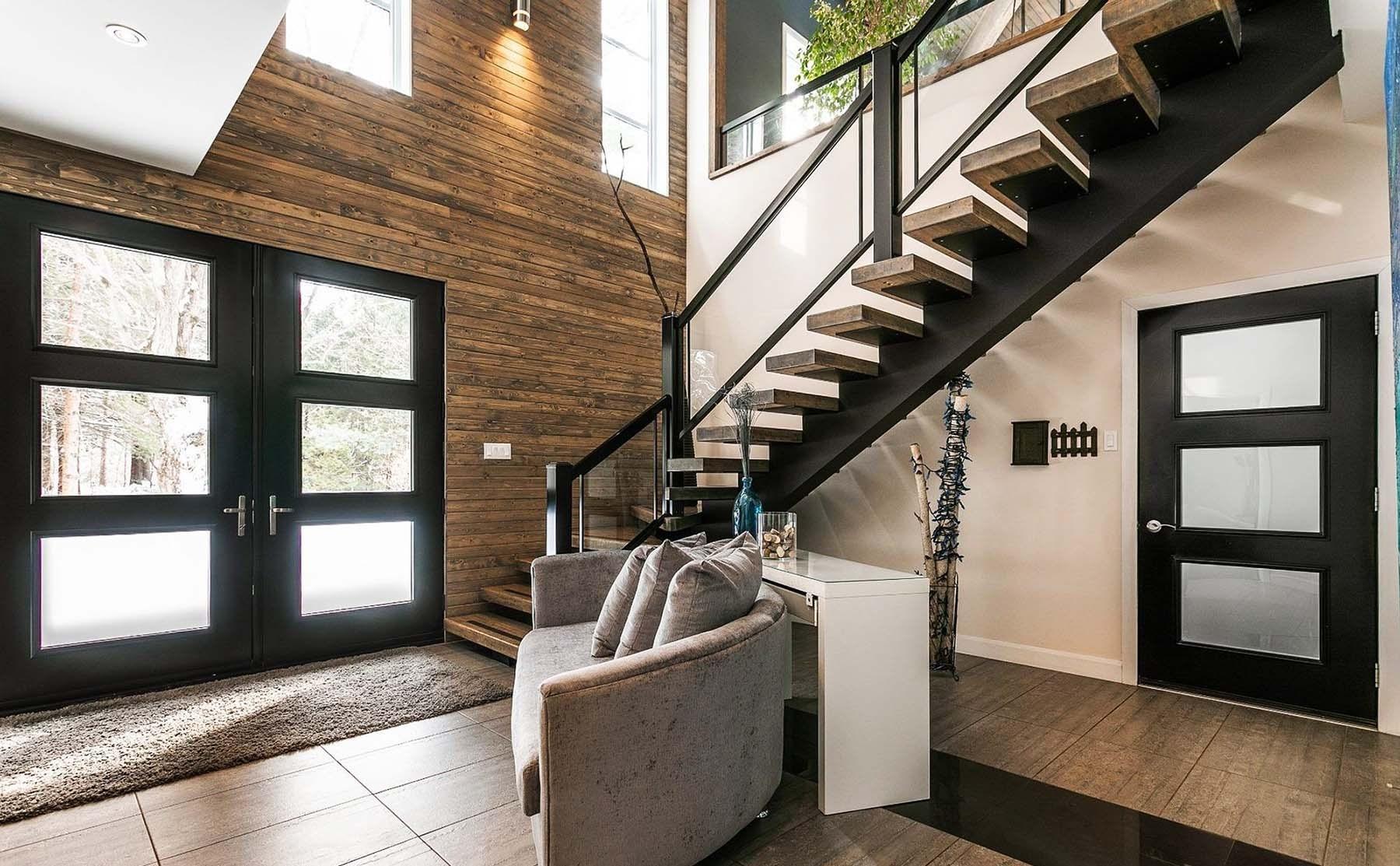 Modern Staircase Design Contemporary Stair Design Ideas | Modern Black Stair Railing | Horizontal | Aluminum | Modern Style | Dark Grey | Matte Black