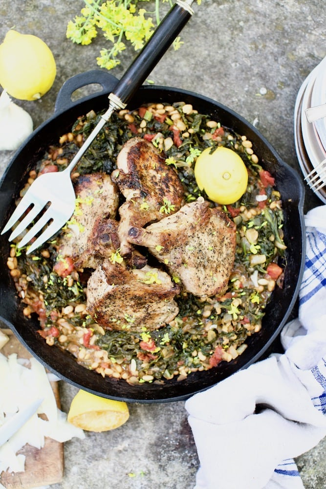 how to cook pork chops in cast iron skillet