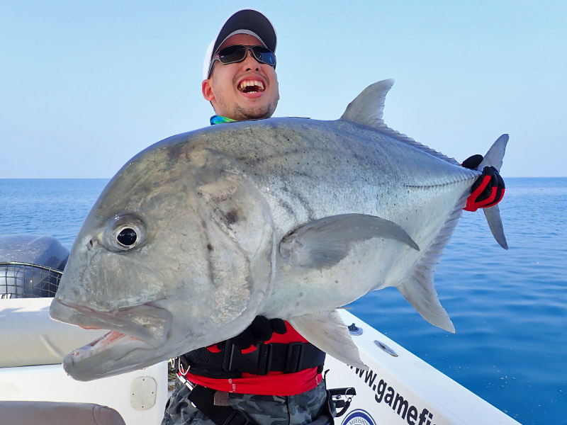 7_giant-trevally_popping_andamans_fishing_shimano-stella-reels_carpenter-rods_blaze-garage-lures-alwyn-tan