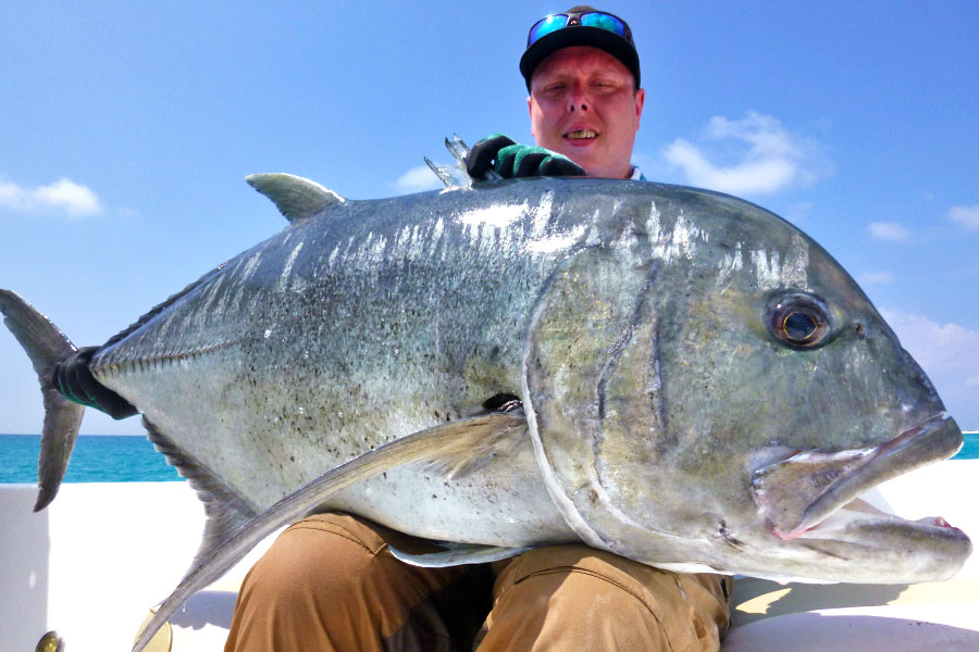 giant-trevally_popping_andaman_dam-black-tuna-power-rod_shimano-stella-10000-reel_joakim