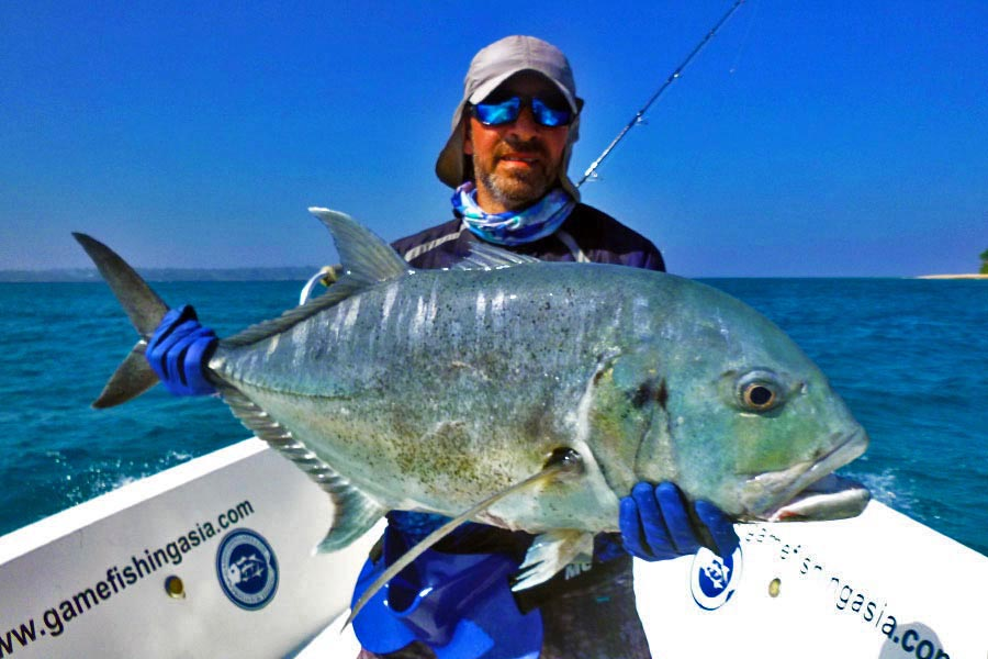 giant-trevally_popping_andaman_race-point-200-rod_daiwa-saltiga-dog-8000-reel_salvatore