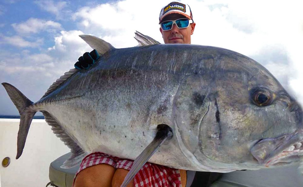 giant-trevally_popping_andaman_yamaga-blanks-blue-reef-chugger-rod_shimano-stella-sw-18000-reel_alex
