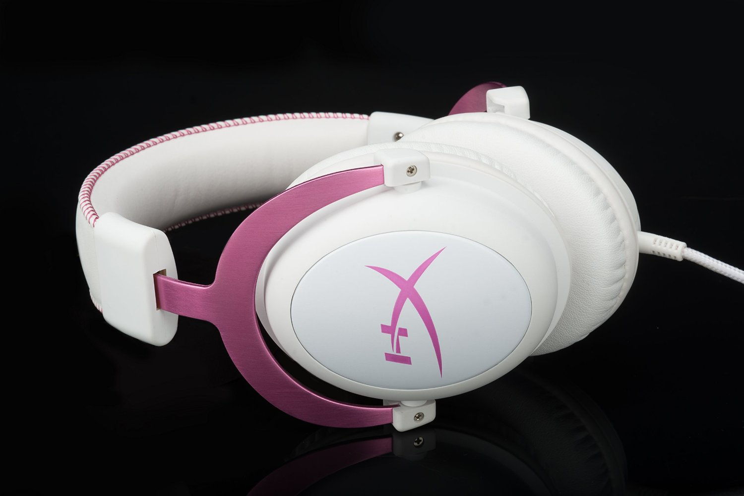 A Look At The Pink HyperX Cloud II Gaming Headset For PC