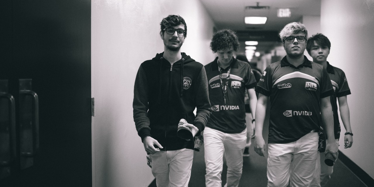 League of Legends – INTZ tropeça de dá adeus ao mundial