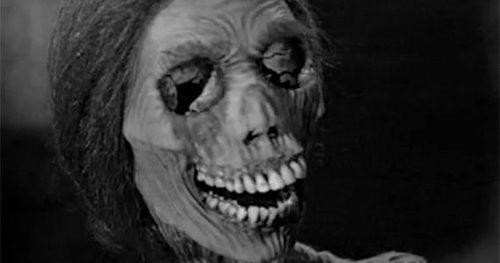 psycho-norma-bates-skeleton