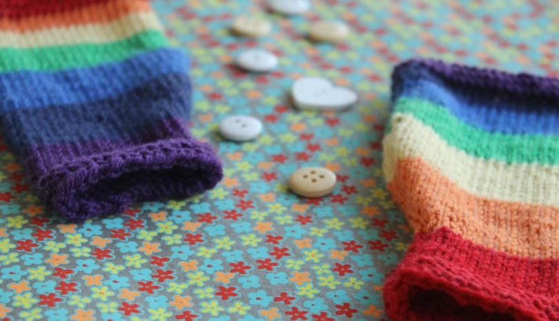 Rainbow baby legwarmer knitting pattern