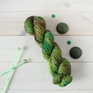 SPRIGGANS! speckled sock yarn