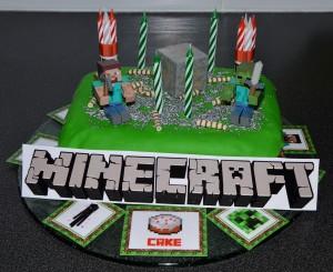Gateau d'anniversaire Minecraft