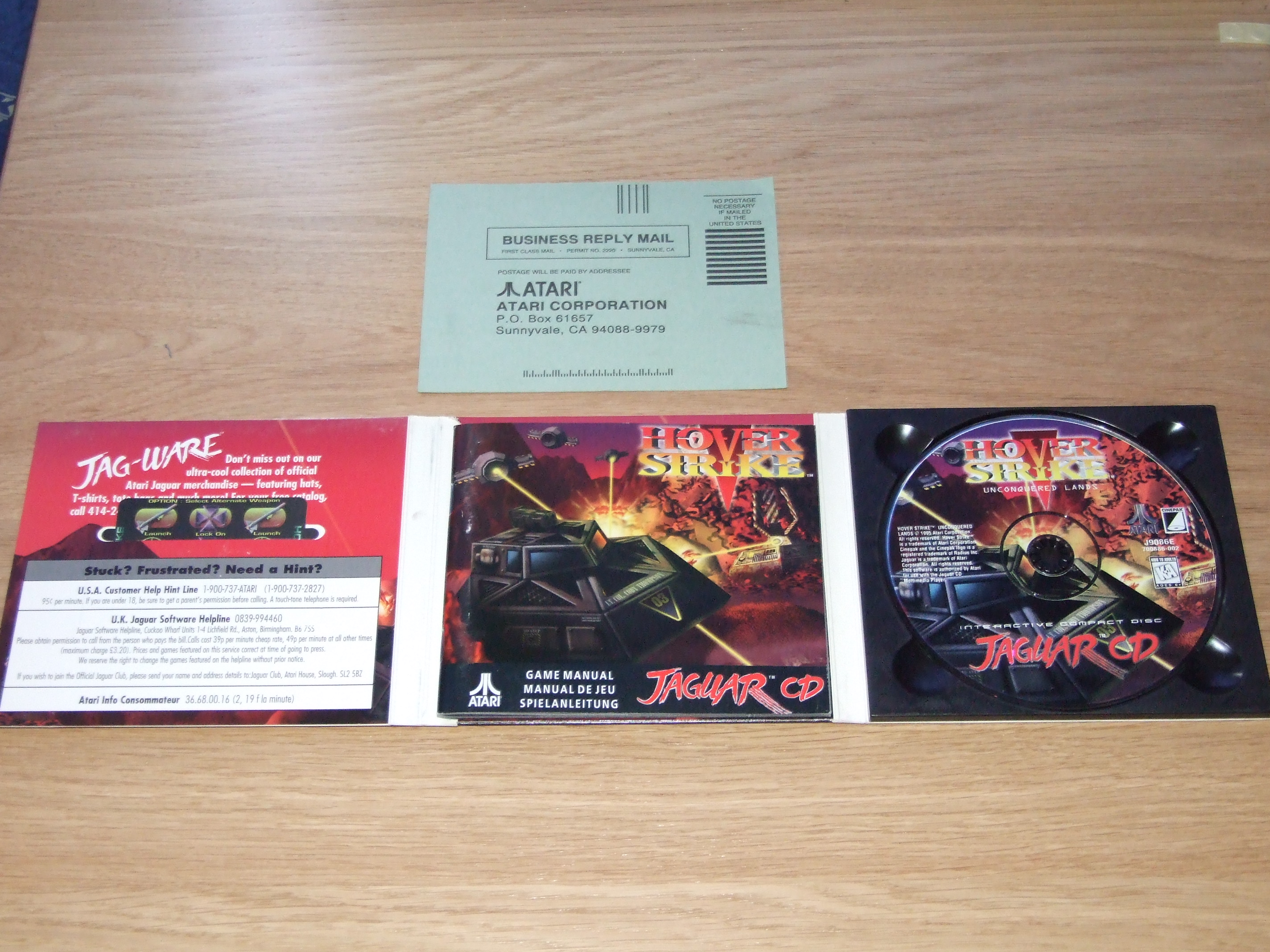 What's inside the box for Hover Strike: Unconquered Lands for the Atari Jaguar CD... Yep, it's just a sleeve, but it has alot inside it, it's nice and compact!