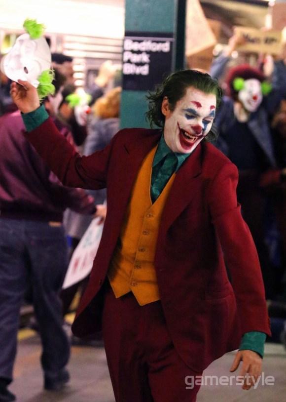 Joker Joaquin Phoenix Bronx Station (6)
