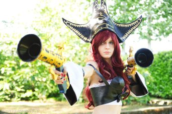 Miss Fortune League of Legends cosplay (7)