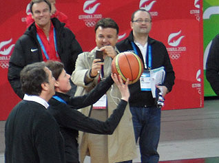 basketball_346218891.jpg