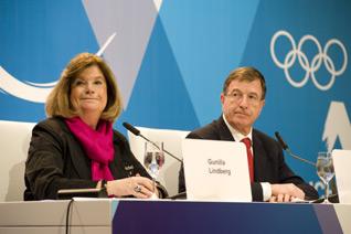 Gunilla Lindberg (left) and Gilbert Felli at final IOC press conference