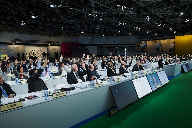 IOC Members vote to unanimously approve Agenda 2020 recommendation at 127th IOC Session (IOC Photo)