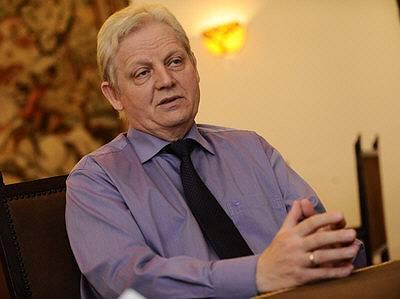 Budapest Istvan Tarlos says he supports Budapest 2024 Olympic Bid (Istvan Tarlos Website Photo)