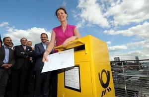 "IOC Member Claudia Bokel says ""IOC, you've got mail"" as Hamburg 2024 bid letter heads to Lausanne (Hamburg 2024 Photo)"