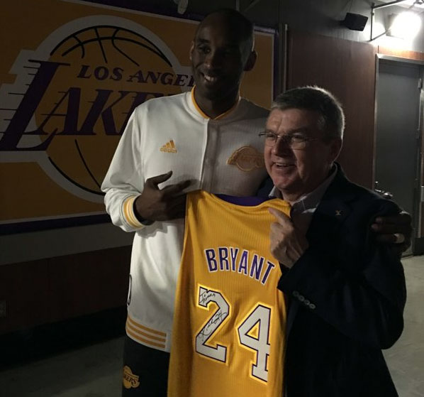 IOC President Thomas Bach meets NBA's LA Lakers Kobe Bryant at the Staples Center in Los Angeles January 31, 2016 (IOC Photo)