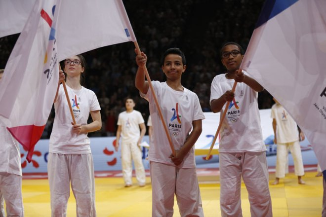 Paris; 2024 Olympic bid promoted at Paris Grand Slam 2017 Judo event (Paris 2024 Photo)