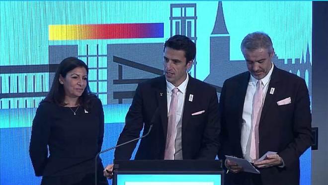 Paris 2024 delegation including Mayor Anne Hidalgo (left) present to ASOIF at SportAccord in Aarhus, Denmark