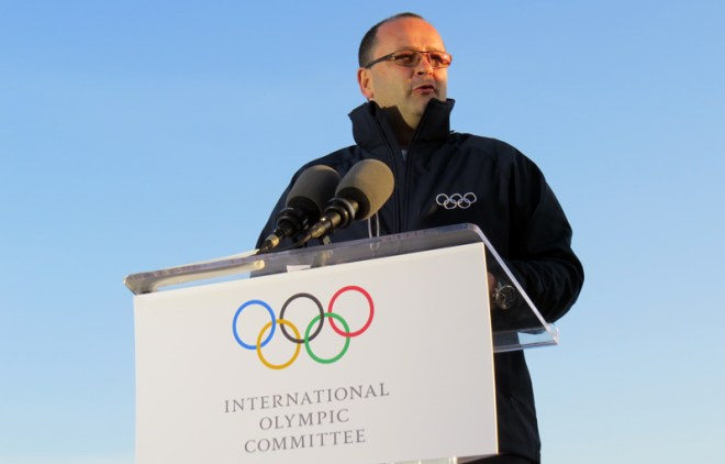 IOC 2024 Evaluation Commission Chair Patrick Baumann speaks in Los Angeles (GamesBids Photo)