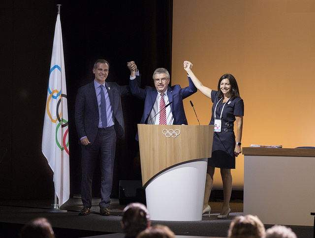 LA Mayor Eric Garcetti (left) with IOC President Thomas Bach and Paris Mayor Anne Hidalgo after IOC votes to award both LA and Paris the Games next decade without election (IOC Photo)