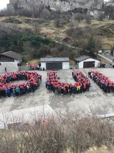 Sion 2026 supporters gather to form 'Oui' in support of Swiss Olympic bid. But it could end if too many others viote 'non' at a June 10 referendum (Sion 2026 Photo)