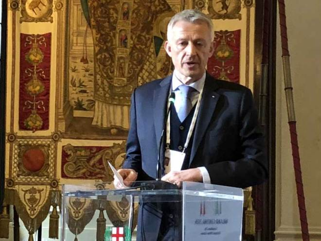 IOC Evaluation Commission Chair Octavian Morariu speaks to the press at the Palazzo Marino in Milan April 6, 2019 (GamesBids Photo)