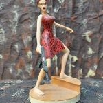 Lara Croft FIGURE