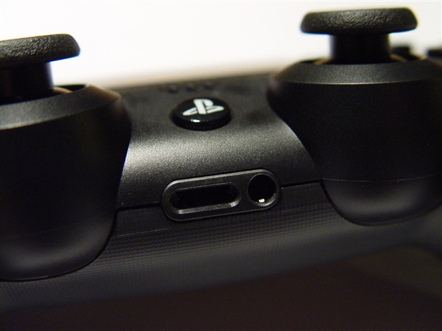 playstation-4-photos-13