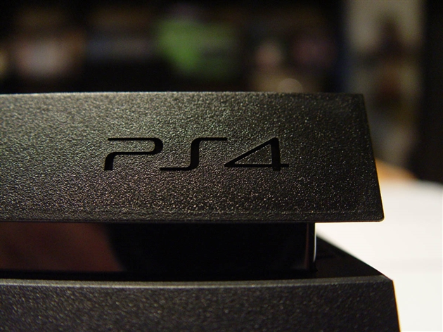 playstation-4-photos-15