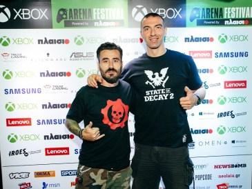 Ο παρουσιαστής, Γιώργος Μαυρίδης και ο ασημένιος Ολυμπιονίκης στο Τάε Κβον Ντο, Αλέξανδρος Νικολαΐδης, στο Xbox Arena Festival powered by Πλαίσιο, που έγινε στις 23 και 24 Ιουνίου στο Gazi Music Hall.