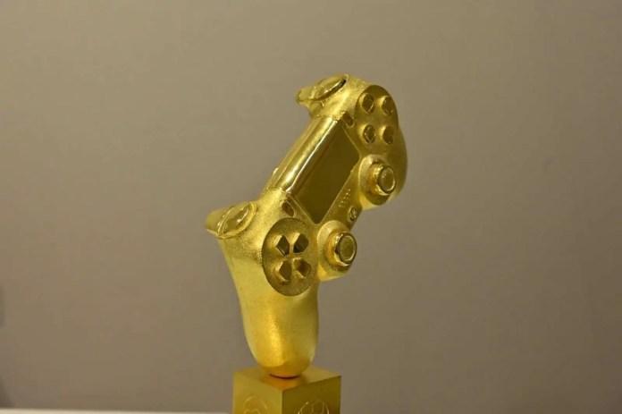 Controller d'Oro