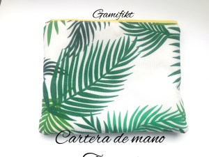cartera de mano tropical