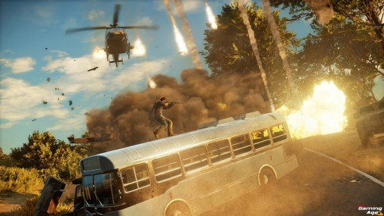 Just Cause 3_Bus_and_chopper_chaos