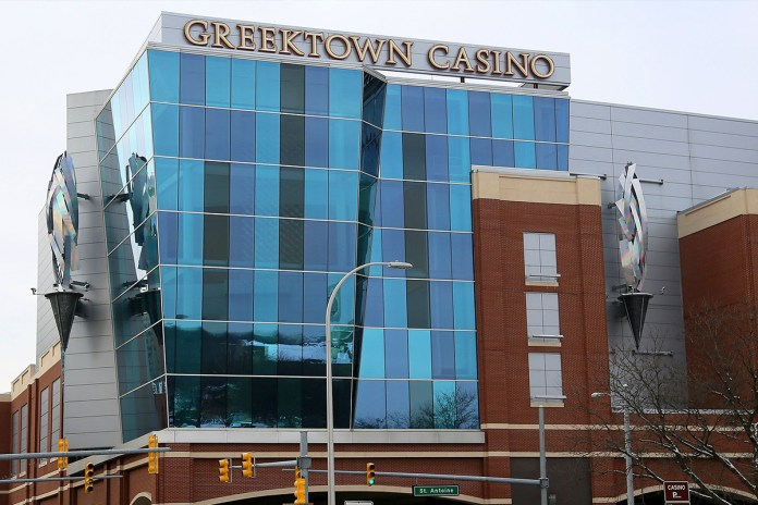 Detroit casinos' year-to-date aggregate revenue falls 65 percent through July
