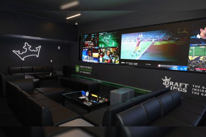 DraftKings Becomes Official Sportsbook and Daily Fantasy Partner of Professional Fighters League