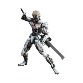 Die Figur scheint beweglich zu sein. (Foto: Konami)