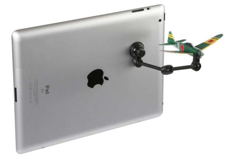So wird das Flugzeug am Tablet befestigt. (Foto: CoolStuff)