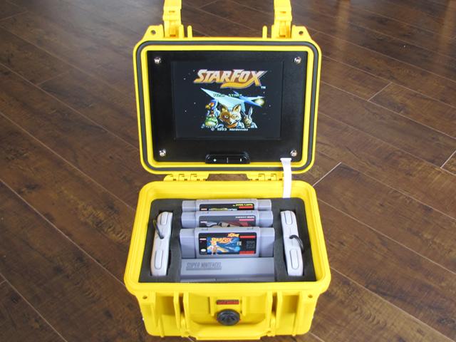 Nicht gerade klein, aber hey - SNES unterwegs spielen?! (Foto: robotairz.imgur.com)