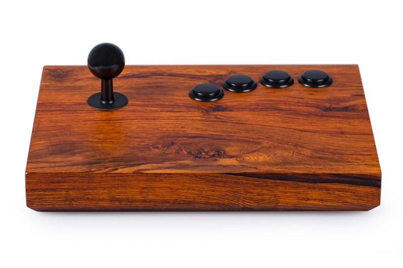 Komplett aus Holz. Aber funktionsfähig. (Foto: Analogue Interactive)