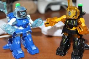 Die zwei Roboter - Protagonisten von Battroborg. (Foto: GamingGadgets.de)