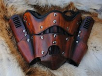Leather Steampunk Trooper Motorcycle Mask (Foto: Etsy)