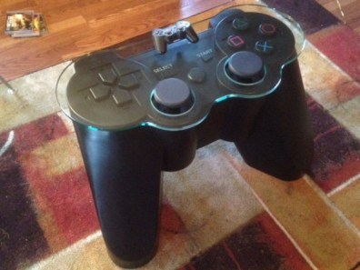Controller Table. (Foto: Etsy)