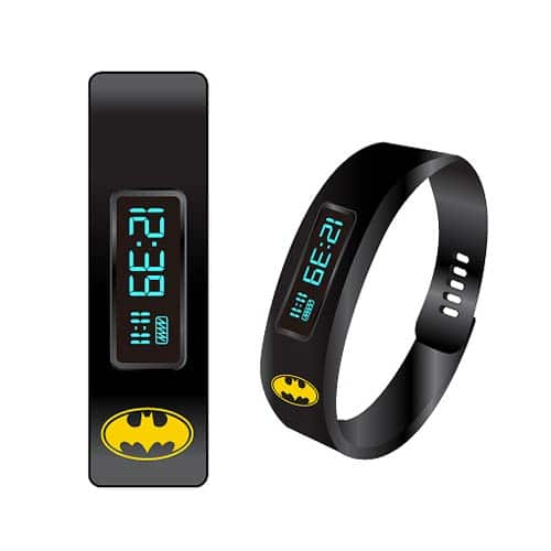 Batman Fitness Tracker LED Watch (Foto: Entertainment Earth)