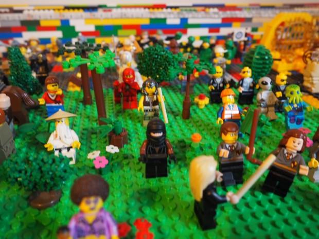 Eine Armee an Figuren. (Foto: Etsy)