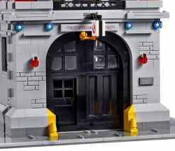 Detailgetreuer Eingang. (Foto: LEGO)