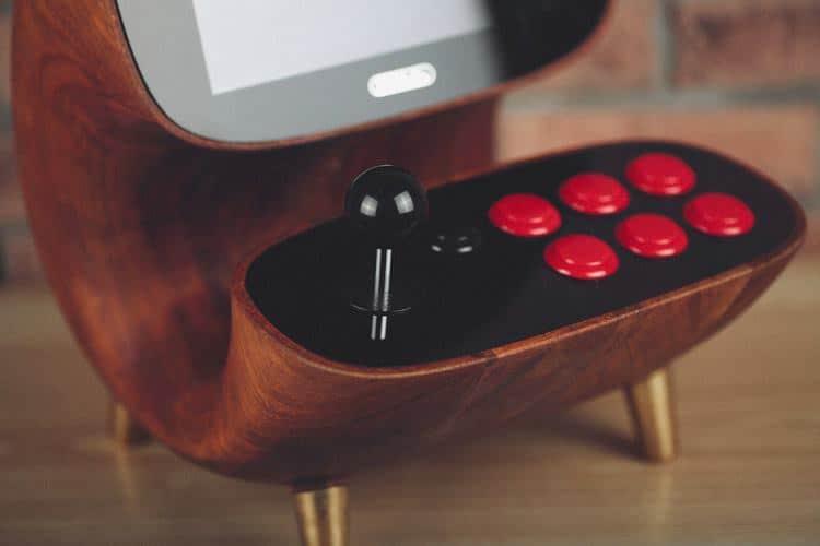 Arcadestick und Buttons. (Foto: 8Bitdo)