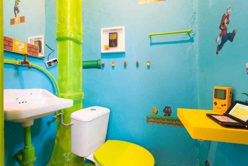 Röhren im Bad. (Foto: Airbnb)
